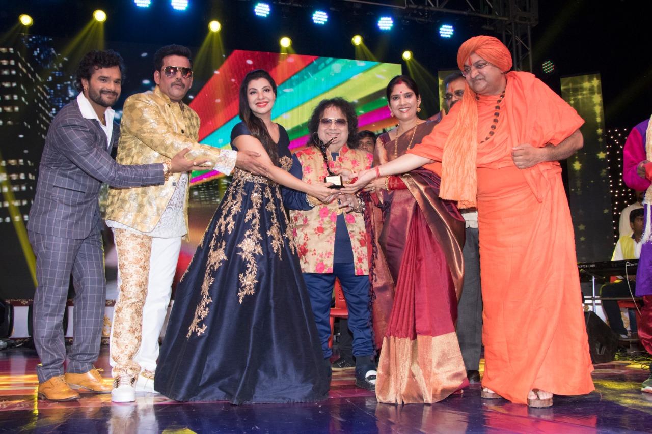 Ravi Kishan, Khesari Lal, Kajal Raghavani, Akshara Singh, many awards get awards