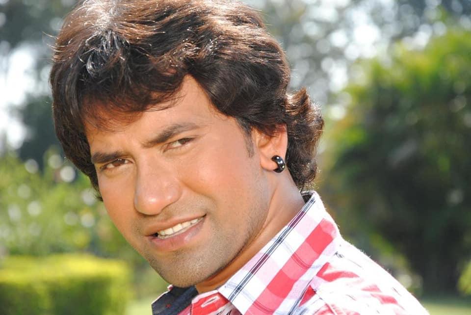 Dinesh Lal Yadav Wiki - Bhojpuri News, Bhojpuri Cinema News