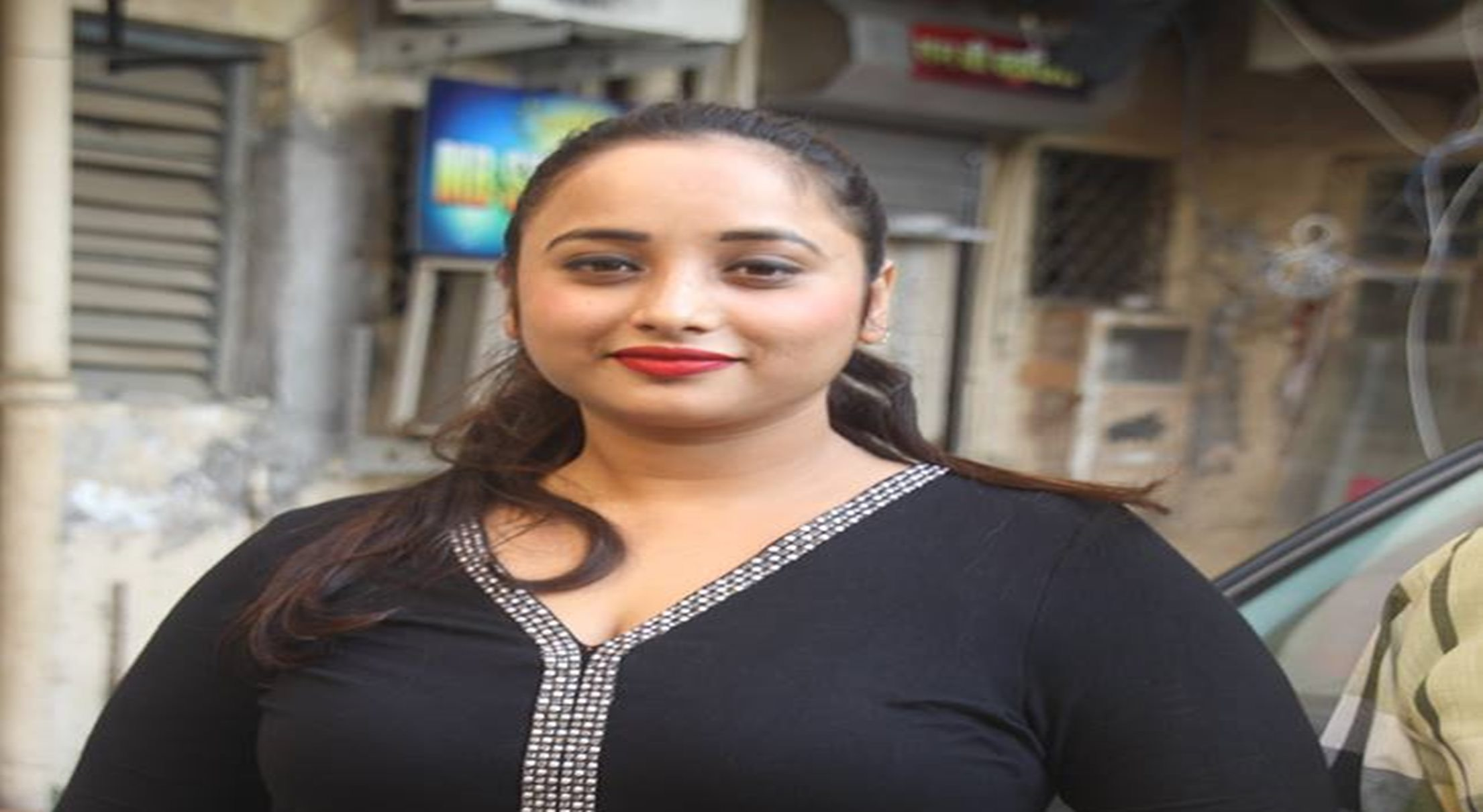 I do not like Nirhua, Khesarilal and Pawan films! Rani Chatterjee