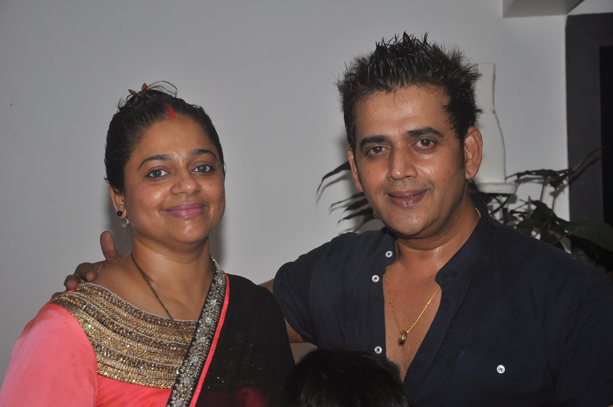 Actor Ravi Kishan reached Bangkok's Haseen Ladies to celebrate his wedding anniversary