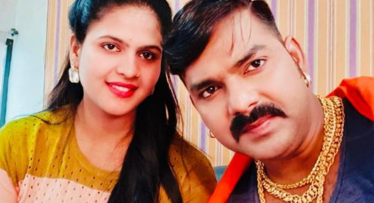 Chandni Singh, another film with super star Pawan Singh, has signed Crack Fighter
