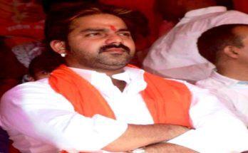 Pawan Singh Help Cencer Baby