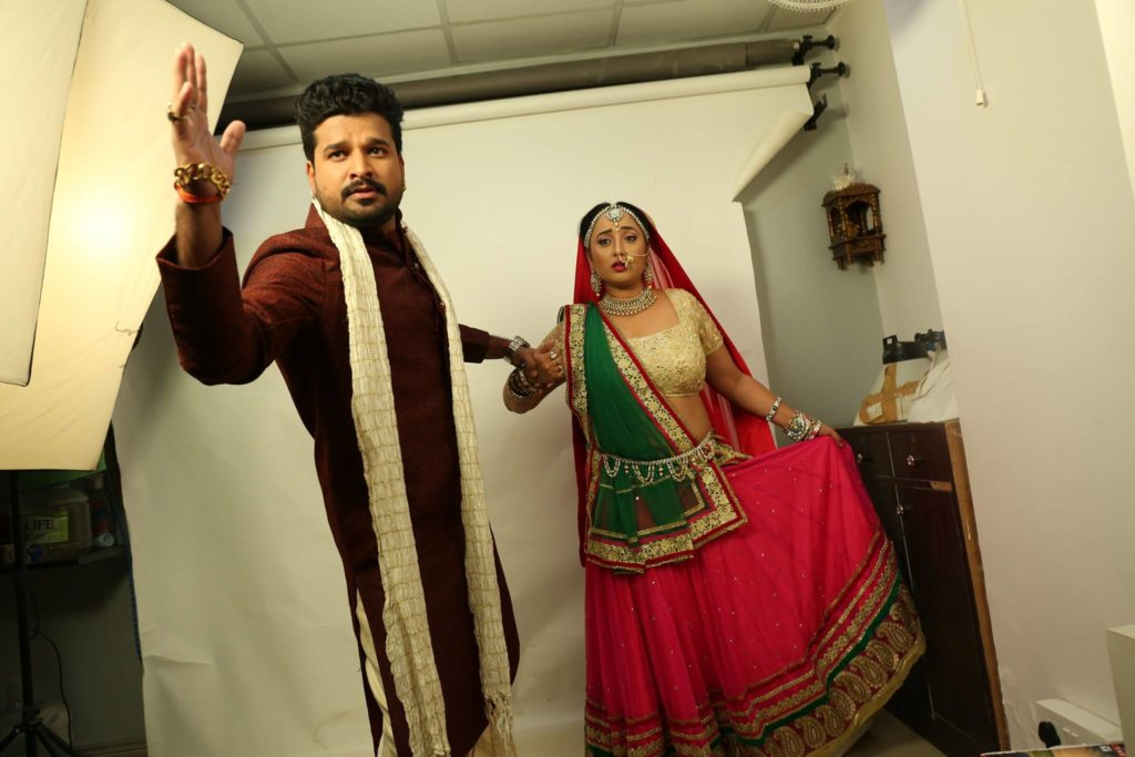 Rani Weds Raja Ritesh Pandey Bhojpuri Movie Shooting Photo (1)