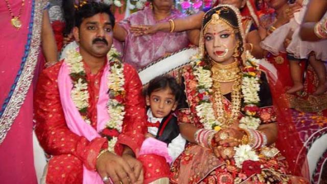 Pawan Singh Wife